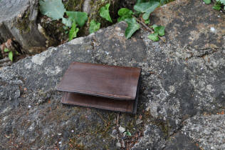 Porte-carte en cuir marron